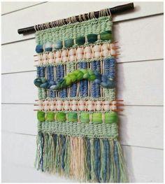 Weaving Textiles, Weaving Art, Loom Weaving, Tapestry Weaving, Hand Weaving, Macrame Wall Hanging Diy, Weaving Wall Hanging, Wall Hangings, Yarn Wall Art