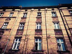 #SIEMIANOWICE ŚLĄSKIE, ul. Jana Pawła II 3, #townhouse #kamienice #slkamienice #silesia #śląsk #properties #investing #nieruchomości #mieszkania #flat #sprzedaz #wynajem Multi Story Building