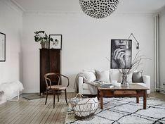 Piezas clave en un pequeño apartamento nórdico | Ninala Home