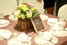 ♥♥♥  Jantar de Noivado da Janny e do Ilberto Venha conhecer a história da Janny e do Ilberto Junior e se deliciar com o lindo jantar de noivado que eles fizeram para convidar seus padrinhos! http://www.casareumbarato.com.br/jantar-de-noivado-da-janny-e-do-ilberto/