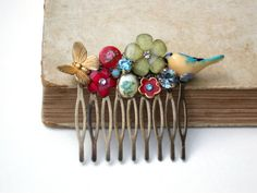 Vintage Hair Comb - Vintage Wedding Collage Hair Comb, Maid Of Honor, Bridesmaids Gifts. Bridal Hair, shabby chic - Vintage collection on Etsy, $59.00