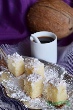 Romanian Desserts, Romanian Food, Delicious Desserts, Yummy Food, Food Cakes, Cake Recipes, Sweet Treats, Food And Drink, Favorite Recipes