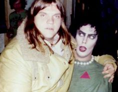 Meatloaf & Tim Curry behind the scenes. THE ROCKY HORROR PICTURE SHOW 1975