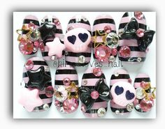 Hey, I found this really awesome Etsy listing at http://www.etsy.com/listing/127080864/japanese-nail-art-pink-border-skull-rock