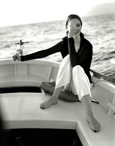 Sailing style in black and white Style Blog, Style Me, Luxe Life, Glamour, Carrara, White Photography, Marie, At Least, Silhouette