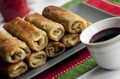 Krokiety z kapustą i grzybami Polenta, Crepes, Sausage, Food And Drink, Cooking Recipes, Yummy Food, Meat, Ale, Chicken