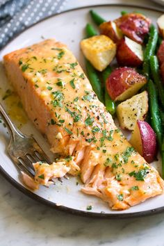 Baked Salmon with Buttery Honey Mustard Sauce - Cooking Classy Baked Salmon Recipes, Fish Recipes, Seafood Recipes, Cooking Recipes, Recipes Dinner, Honey Mustard Salmon, Honey Mustard Sauce, Low Calorie Recipes, Healthy Recipes