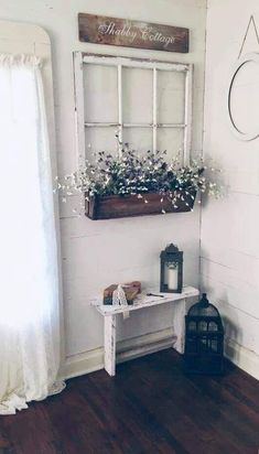 50 Modernes Bauernhaus Wohnzimmer Vorhänge Ideen Home decoration is really a task which is performed by way of … Country Farmhouse Decor, Rustic Decor, Farmhouse Ideas, City Farmhouse, Shabby Chic Wall Decor, Country Chic Decor, Modern Farmhouse Living Room Decor, Farmhouse Design, Vintage Farmhouse Decor