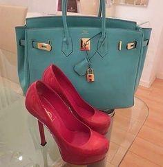 Cartera y zapatos