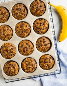 Moist healthy banana chocolate chip muffins with applesauce. Easy, vegan, and whole wheat, these simple muffins are perfect for healthy breakfasts! Healthy Protein Breakfast, Healthy Banana Muffins, Healthy Muffin Recipes, Banana Chocolate Chip Muffins, Healthy Baking, Easy Recipes, Healthy Snacks, Breakfast Snacks, Vegan Baking