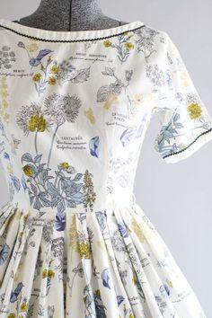 Vintage 1950s Dress   50s Cotton Dress   LANZ White Botanical Print Dress  w… Abiti c506dea9d45