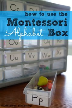 Boîte à sons / how to use the montessori alphabet box