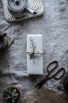 The annual gift wrapping inspiration post is here full of muslin, raw silk ribbons, bits of nature, handmade Japanese paper, Gift Wraping, Christmas Mood, Simple Christmas, Beautiful Christmas, Christmas Gift Wrapping, Christmas Presents, Japanese Paper, Gift Packaging, Packaging Ideas