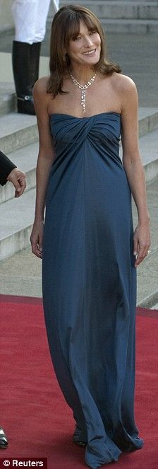 June 22, 2009 - Carla Bruni, in teal blue Azzaro by Vanessa Seward gown, w/ Nicolas Sarkozy  as they greeted Sheik Hamad bin Khalifa Al-Thani of Qatar and his wife Sheikha Mouza Bint Nasser Al Misnad for a dinner in their honor at the Élysée Palace, in Paris, France