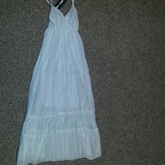 Beach dress White flowy dress perfect for the beach... Anna Kaci Dresses Maxi