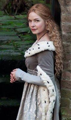 Rebecca Ferguson Elizabeth Woodvile-The White Queen