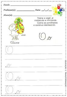 Portal Escola: Atividades com as vogais utilizando a letra cursiva maiúscula e minúscula... Confira! Poetry Activities, Preschool Literacy Activities, Teaching Writing, Preschool Writing, Preschool Printables, Kids