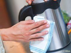 Nu nog makkelijker RVS schoonmaken met deze tip! Veel keukens bevatten RVS. Al dat vet en vocht dat in de keuken blijft hangen,...