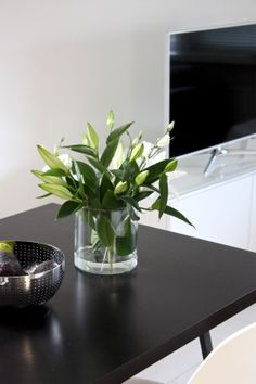 homevialaura | #white #lilies #flowers #Alessi #Amfitheatrof #Samsung #television