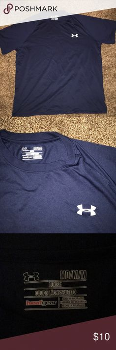 Under Armor t-shirt Navy blue. Works great with long sleeve underneath it Under Armour Shirts Tees - Short Sleeve