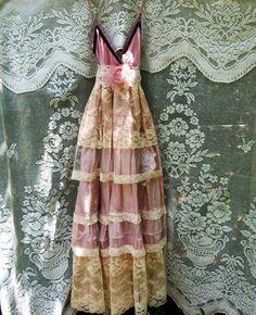 Blush lace dress  tulle embroidery boho wedding von vintageopulence