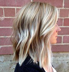 70 Perfect Medium Length Hairstyles for Thin Hair - - Medium Choppy Blonde Haircut For Thin Hair Medium Choppy Haircuts, Haircuts For Fine Hair, Long Bob Hairstyles, Cool Haircuts, Choppy Lob, Wedding Hairstyles, Layered Haircuts, Formal Hairstyles, Celebrity Hairstyles