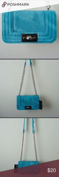 Bag Teal bag with ajustable belt. Can be used as shoulder or Crossbody bag. Steve Madden Bags Crossbody Bags
