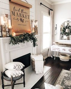 Rustic inspired farmhouse decor for your vintage living room - white . - Home Design French Country Living Room, Living Room White, Country Farmhouse Decor, French Country Decorating, My Living Room, Living Room Interior, Living Room Decor, White Farmhouse, Farmhouse Style