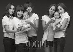 17 Hot Korean stars holding cute babies