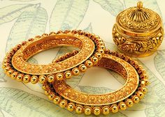 Here are the 9 best 30 gram gold bangles In India. Gold bangles designs in 30 grams are great choice of bangles and always best for women's. Gold Bangles Design, Gold Jewellery Design, Designer Bangles, Designer Wear, Gold Jewelry, Maharashtrian Jewellery, Halo, Rajputi Jewellery, Bijoux Design