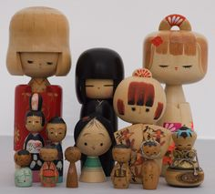 Collection of vintage kokeshi, original post here:http://2winks.blogspot.com/2007/11/insight-to-kokeshi-project.html