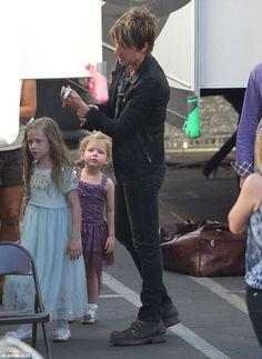 Keith Urban's such a good dad.