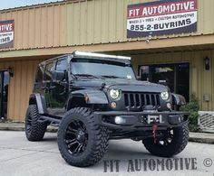 "Readylift 4"", Fuel Vapor wheels, 35"" Toyo Tires, Wild Boar grill, lightbar ReadyLIFT Toyo Tires Fuel Offroad"