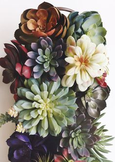 Faux succulents for creative DIY projects. Artificial succulents and air plants offer the realism with no maintenance required, find mini succulents to purple fake succulents and cactus. Tall Succulents, Purple Succulents, Artificial Succulents, Artificial Flowers, Succulent Planter Diy, Succulent Centerpieces, Succulent Arrangements, Wedding Centerpieces, Cheap Flowers