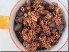 nutella granola. Going to make this today... without the chocolate chips.