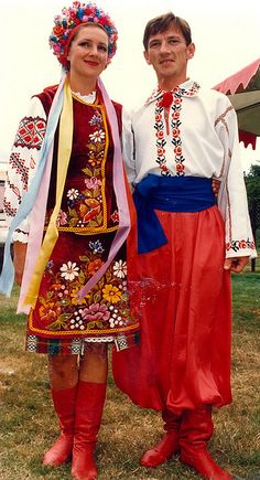 Although these dancers are Ukranian, they remind me of the several Russian dance troupes we saw on our trip to Russia in 1995.  I fell in love with the red dance boots!  Would still love to have a pair someday.
