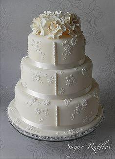 Floral Ivory Wedding Cake | Flickr – Compartilhamento de fotos!
