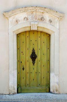 Gordes, France - Porte d\'entrée
