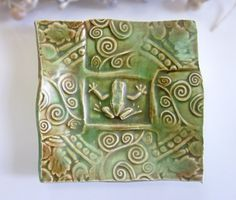 Could do clay trivets with the kids with pattern and stamping on the outside and an animal on the inside.
