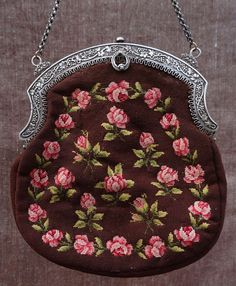 Victorian Sterling SILVER Needle Point ROSES Lady Dame Hand Bag English French #SterlingSilverNeedlePoint #ShoulderBag
