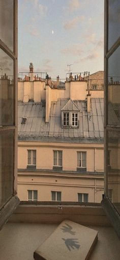 Breaking every endless night awesome Tagged with aesthetic building city soft town travel wanderlust Travel Aesthetic, Aesthetic Photo, Aesthetic Pictures, Summer Aesthetic, Aesthetic Galaxy, Aesthetic Collage, Aesthetic Videos, Apartment View, Parisian Apartment