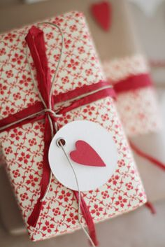 Stylish Red Gift Wrap