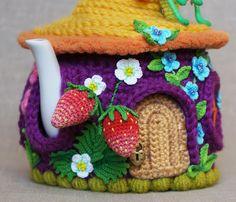 """О сборнике мини-мастер-классов """"Украшаем грелку на чайник - Сказочный домик"""" - Ярмарка Мастеров - ручная работа, handmade Crochet Fairy, Crochet Home, Knit Crochet, Crochet Flower Patterns, Crochet Flowers, Knitting Patterns, Crochet Mushroom, Tea Cozy, Crochet Projects"""