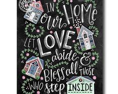 Huis teken familie teken, Decor van het huis, krijt kunst, schoolbord kunst, moderne kalligrafie, In onze huis laat liefde houden, krijt belettering