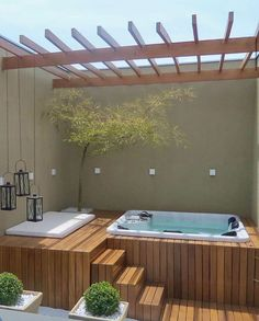 Beautiful and relaxing corner! Project Author: Riolax Hydromassages S. Hot Tub Deck, Hot Tub Backyard, Small Backyard Pools, Small Swimming Pools, Swimming Pools Backyard, Lap Pools, Indoor Pools, Small Pools, Pool Decks