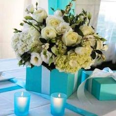 Great centerpiece for a Tiffany's party.....love!!