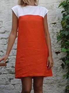 """Robe de débutante orange. patron dans """" mes carnets de couture"""" basique d'été                                                                                                                                                      Plus"""