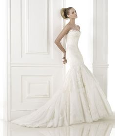 BASEL » Wedding Dresses » 2015 Costura Collection » Pronovias