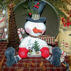 Primitive Christmas Snowman Shelf Sitter Let it Snow pattern 59 Christmas Room, Christmas Ornaments To Make, Christmas Sewing, Christmas Snowman, Christmas Holidays, Christmas Crafts, Frosty The Snowmen, Cute Snowman, Snowman Decorations
