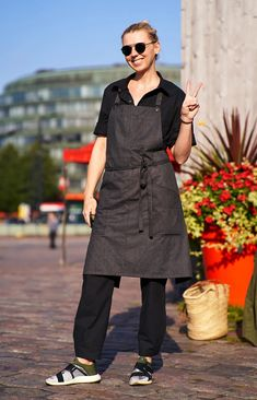 Wrap apron in melange grey with two pockets on the sides and detachable neck strap, Sustainable design: made from repurposed Finnish rental textiles. Sustainable Design, Repurposed, Apron, Normcore, Textiles, Pockets, Grey, Cotton, Shopping